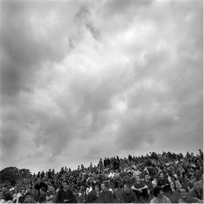 Peter Marlow, Eclipse, Primrose Hill, London 1999.