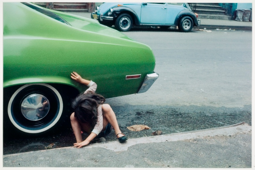 Helen Levitt,  [Spider Girl] New York, 1980