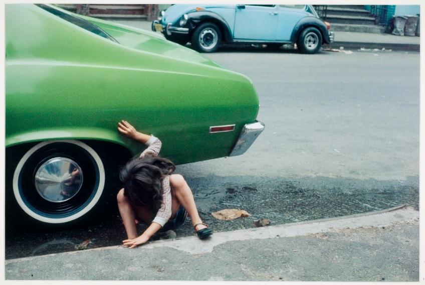 Helen Levitt,  [Spider Girl] New York, 1980