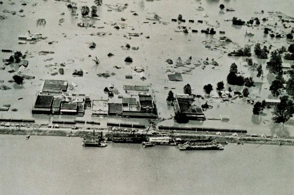 Arkansas City, Arkansas, flooded by the Mississippi River, April 27, 1927