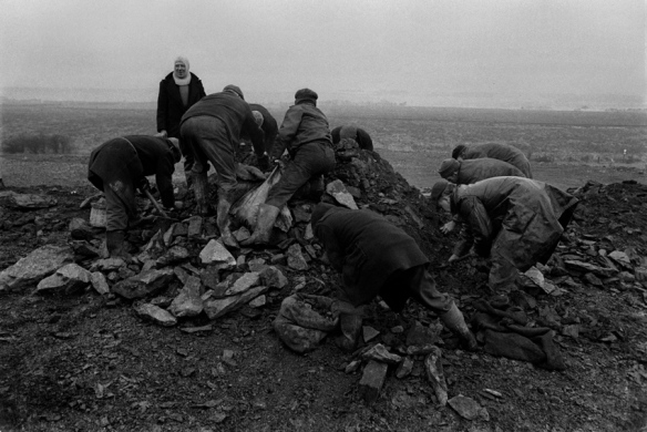 unemployed men gathering coal, sunderland, early 1970s